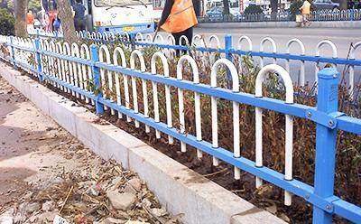 绿化带围栏